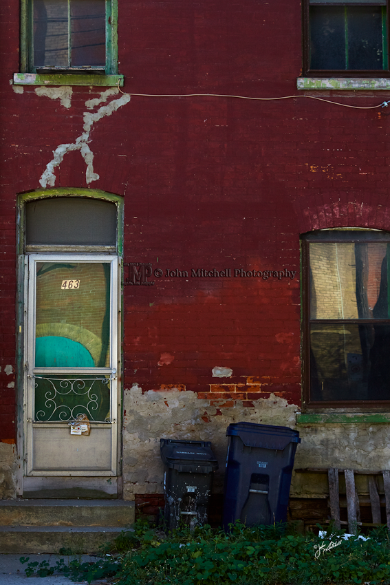 Streetscape. Do you see the story?